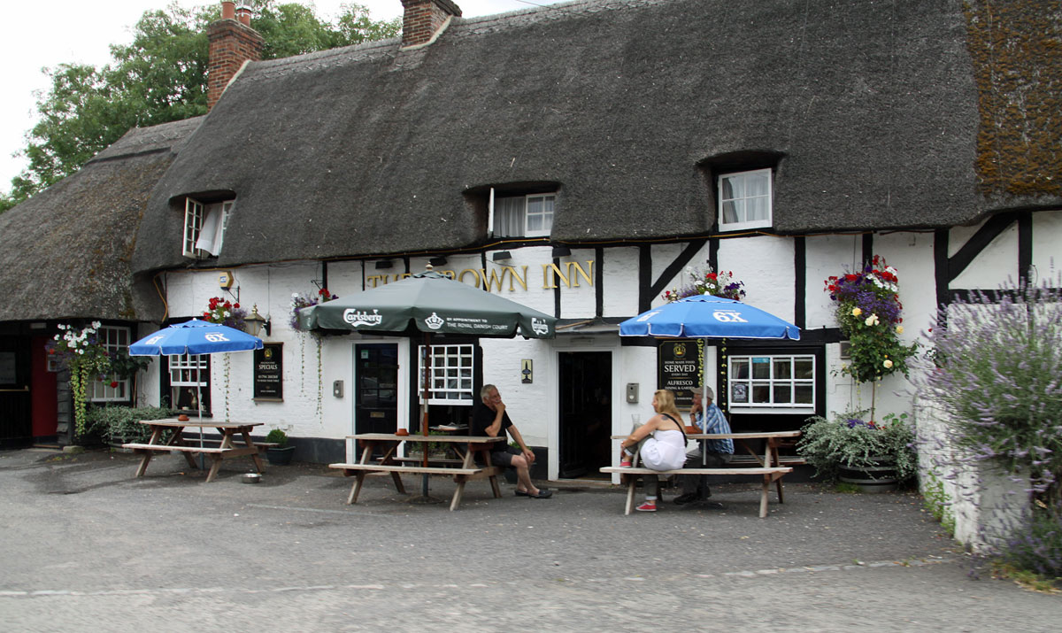 thatched pub New Forest